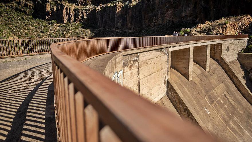 """""""La presa de El Río es uno de los grandes fracasos de la ingeniería hidráulica isleña"""""""