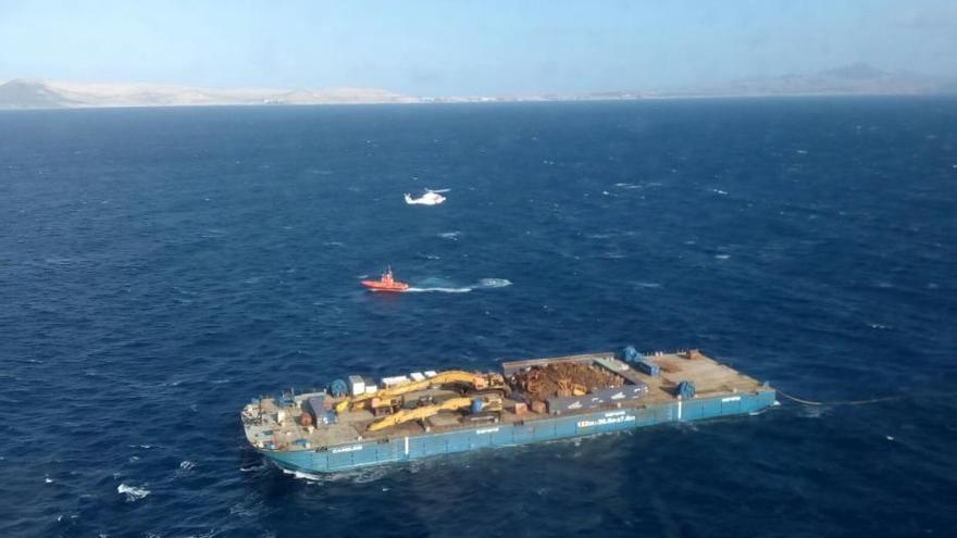 Trasladados a Gran Canaria 19 polizones de un barco de bandera holandesa