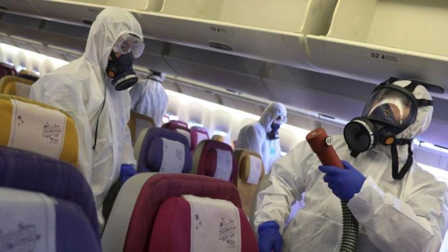 Aquestes són les aerolínies que han suspès vols a la Xina pel coronavirus