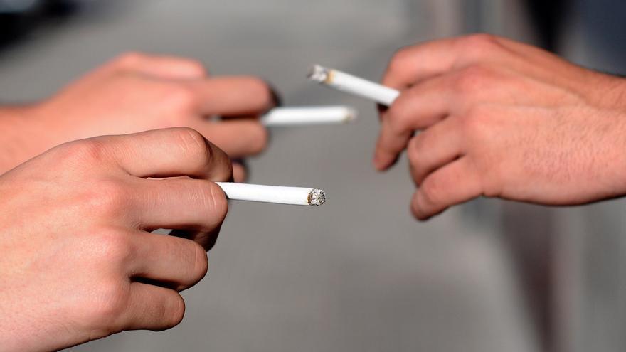 Los fumadores vamos a ser los  nuevos yonkis