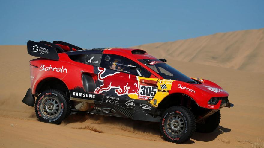 Al-Attiyah gana la segunda etapa del Dakar y Sainz cede el liderato a Peterhansel