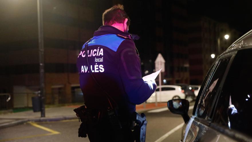 Detenidos en Avilés un padre un hijo, de 47 y 26 años, por agredirse mutuamente en plena calle