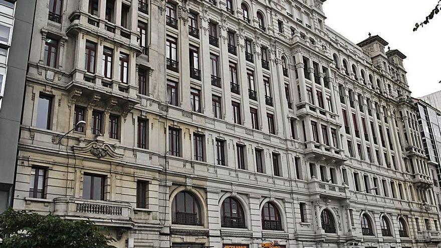 Patrimonio avala las obras de reforma de una planta en un edificio protegido de la calle Primo de Rivera