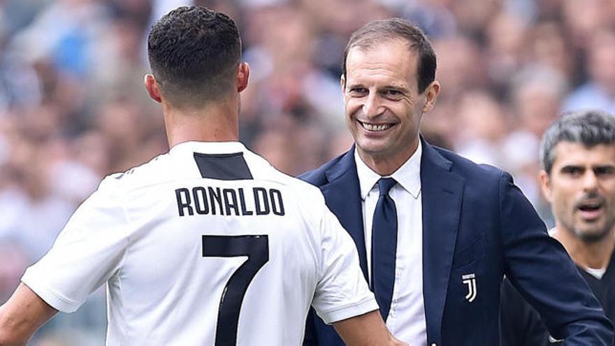 La Juventus se queda sin entrenador