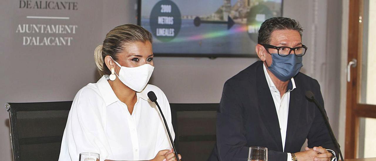 La vicealcaldesa y portavoz de Cs, Mari Carmen Sánchez, y el portavoz adjunto, José Luis Berenguer.