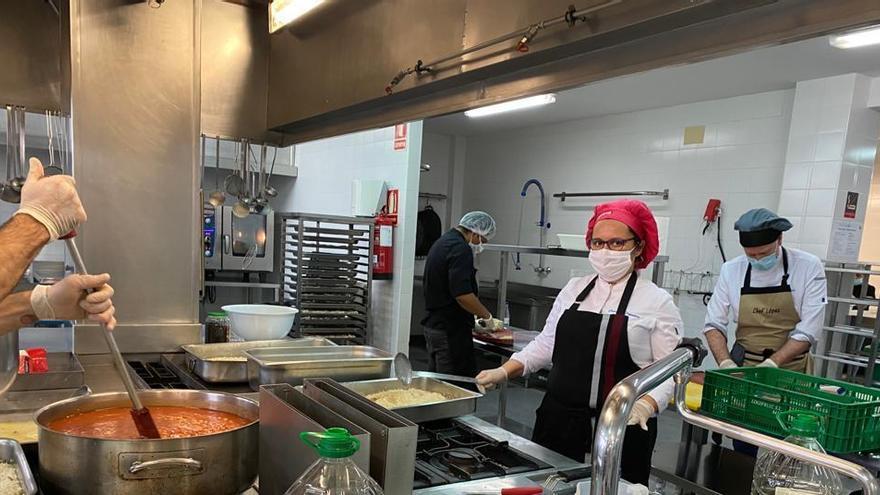 El CdT Benidorm se suma a Alicante Gastronómica Solidaria y servirá menús para personas sin recursos en la Marina Baixa