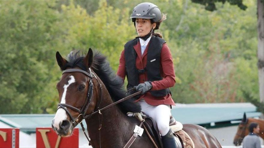 Muere una amazona tras recibir una coz de un caballo
