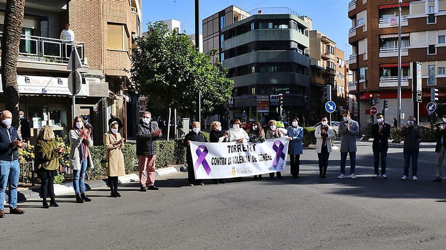 Solo la mitad de los consistorios de l'Horta Sud tiene agentes de igualdad en la plantilla municipal