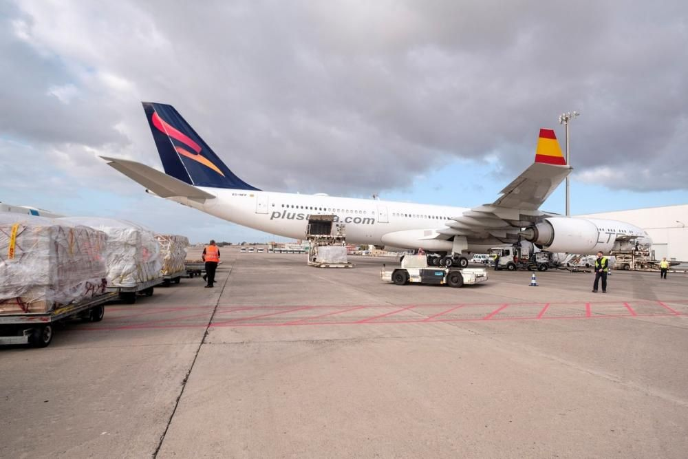 LLega a Gran Canaria undécimo avion con ...