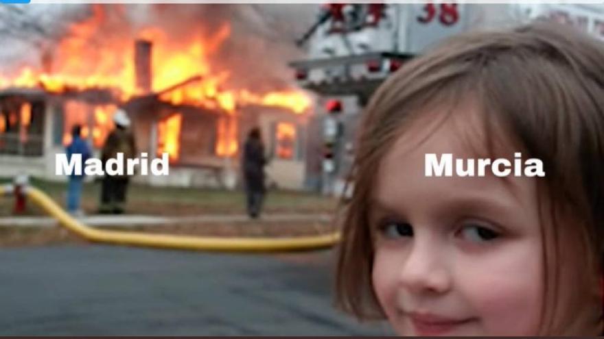 Los mejores memes que deja la moción de censura en Murcia