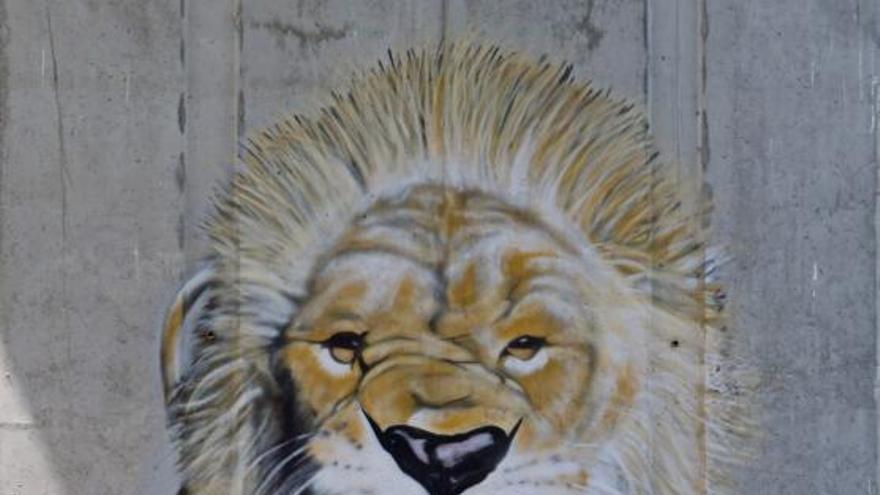 Gory, el grafitero que dibujó un museo bajo la autopista del Val Miñor
