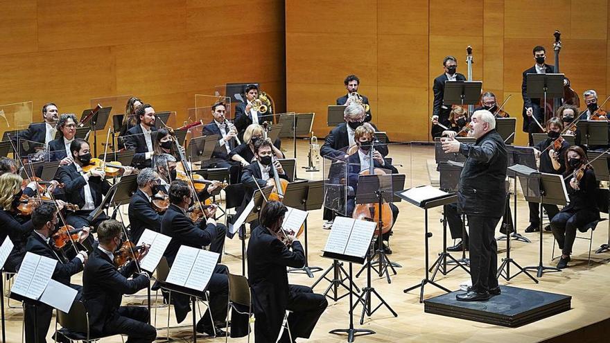 Marc Minkowski dirigeix la «Patètica» de Txaikovski a l'Auditori