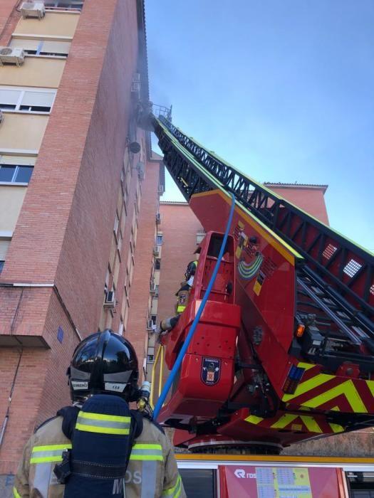 Desalojan un edificio de siete plantas