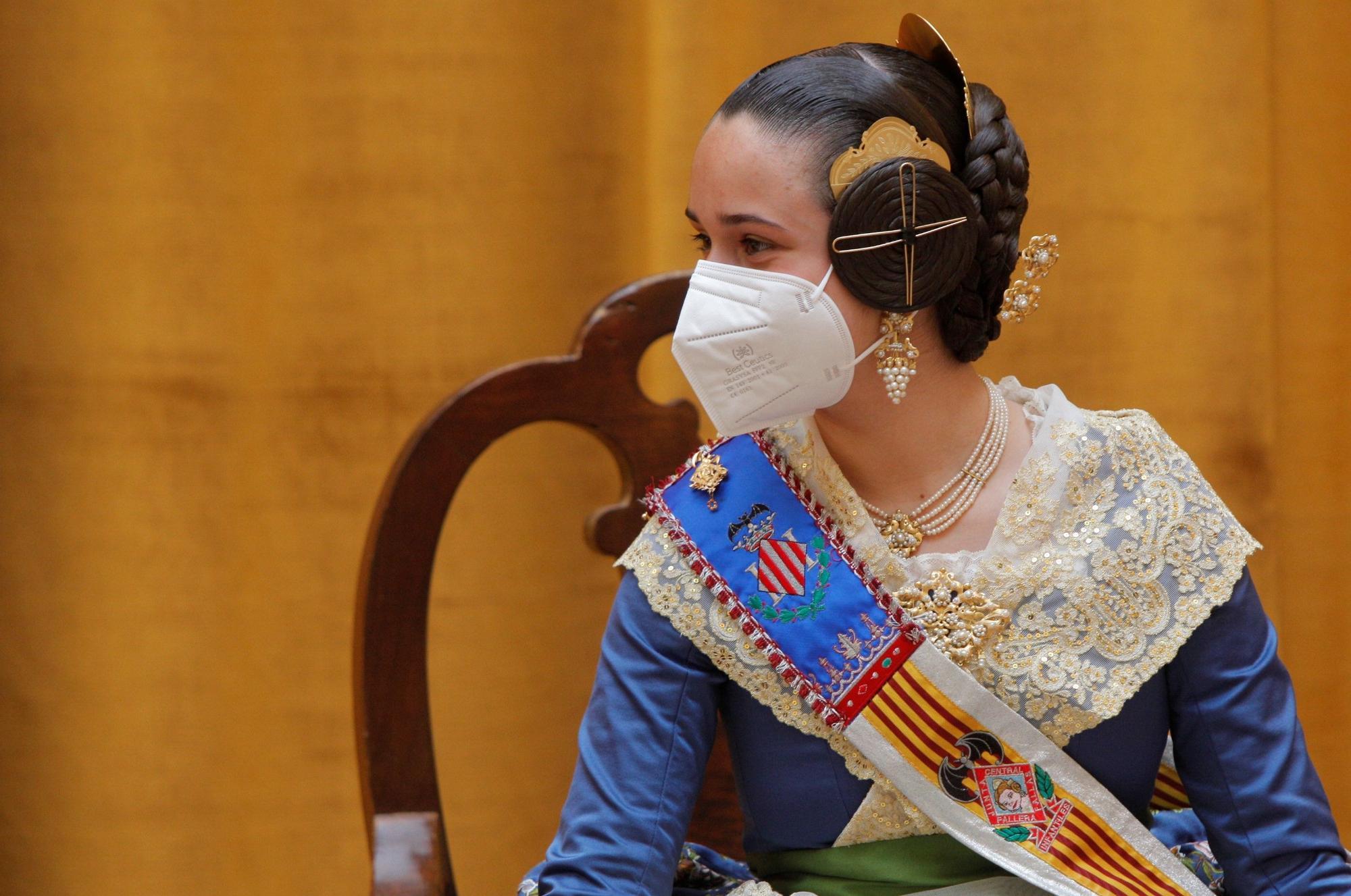 Carla García y la corte infantil regresan por unas horas a la actividad oficial