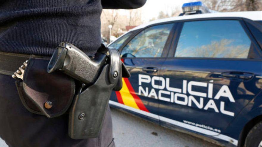 Un agente fuera de servicio detiene a un hombre por robo violento en La Laguna