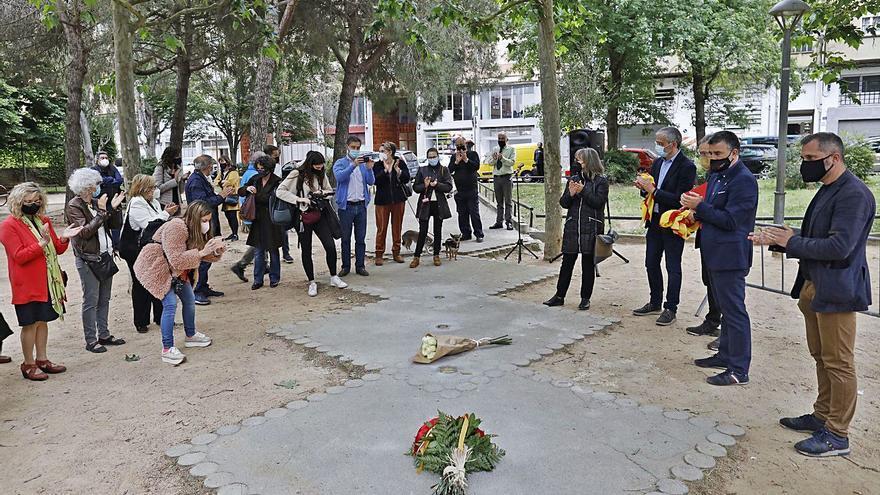 Salt homenatja les víctimes dels camps d'extermini nazis