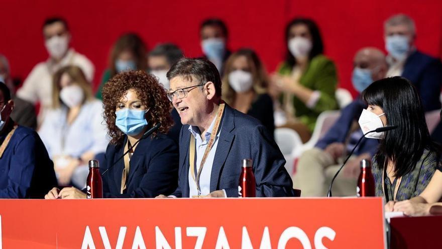 Ximo Puig reivindica la reversión sanitaria en Torrevieja en el 40 congreso federal del PSOE