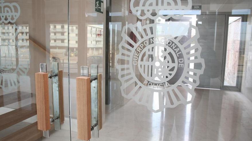 Detenido en Antequera por asaltar un salón de juegos con un cuchillo