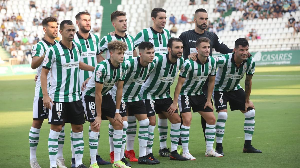 Equipo titular del Córdoba CF que se enfrentó este domingo al Cádiz B en El Arcángel.