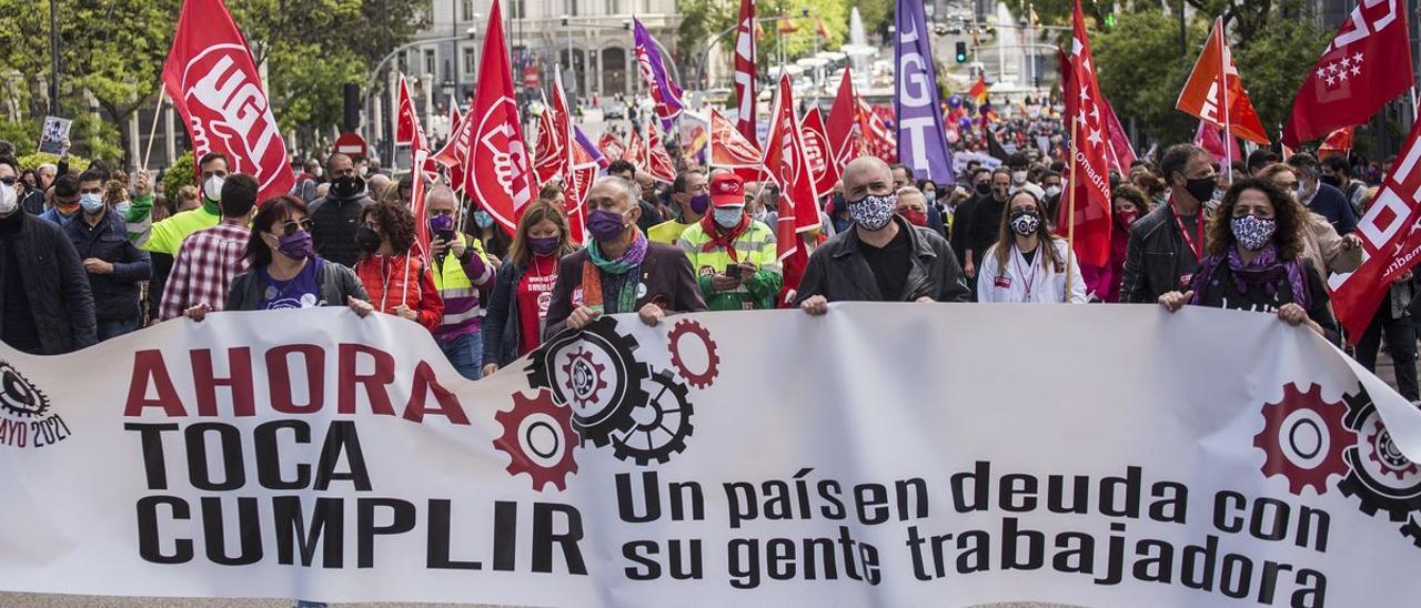 El secretario general de UGT, Pepe Álvarez, y el secretario general de CCOO, Unai Sordo, durante la manifestación con motivo del Día del Trabajador en Madrid.