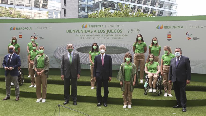 Ignacio Galán recibe a las deportistas olímpicas y paraolímpicas españolas camino de Tokio