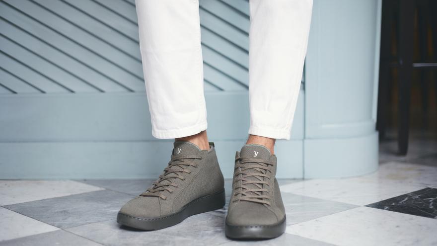 Esta es la bota made in Spain más cómoda y ligera que usarás este invierno (y además repele el agua)