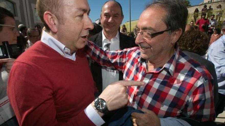Ferraz valida las candidaturas de Alicante y Elche pero deja pendiente el Senado