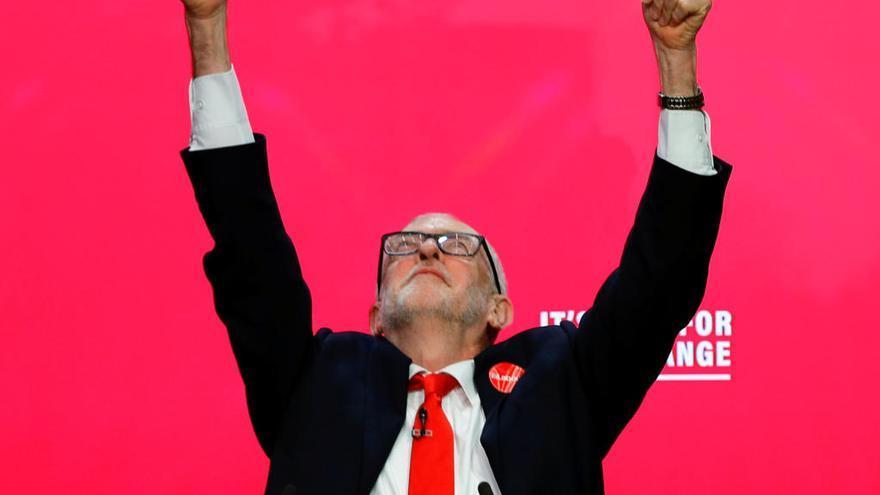 "Corbyn presenta un ""radical"" programa laborista"