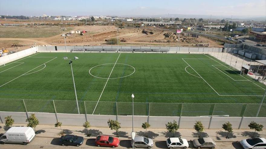 El Imdeco tiene que sacar a licitación los 16 campos municipales de fútbol