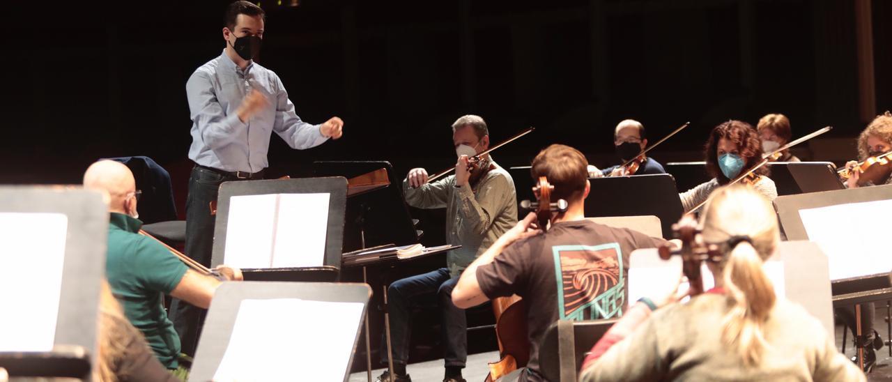 Así son los ensayos de Oviedo Filarmonía para el concierto de Año Nuevo