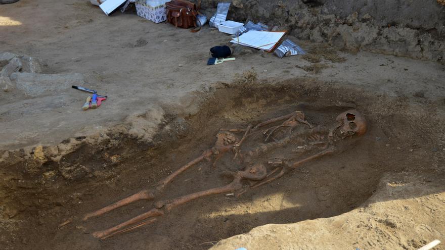 La muerte y sus rituales centran las visitas de difuntos del Museo