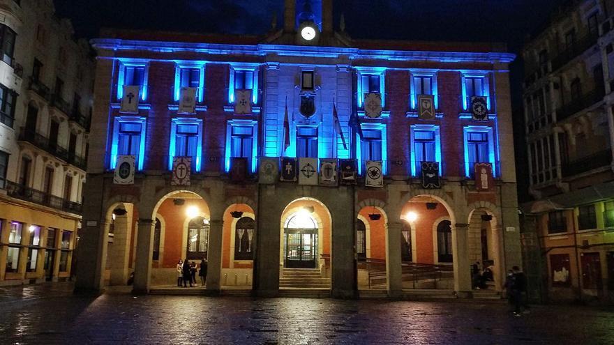 El Ayuntamiento de Zamora muestra su apoyo con el trastorno del espectro autista