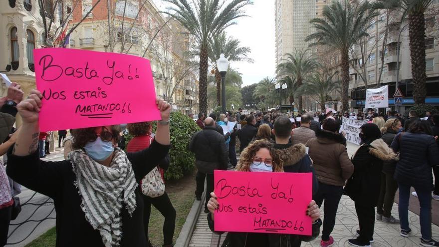 """El """"Basta ya"""" de la hostelería en Alicante"""