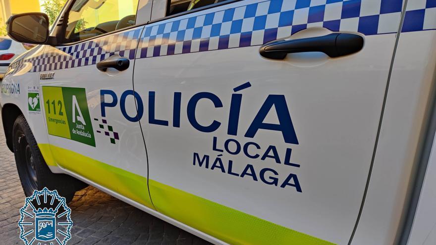 La Policía Local de Málaga disuelve una concentración de 200 personas en el Cortijo de Torres
