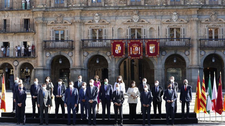 Vacunas, fondos europeos y reto demográfico: las tres peticiones de Asturias en la cumbre presidentes