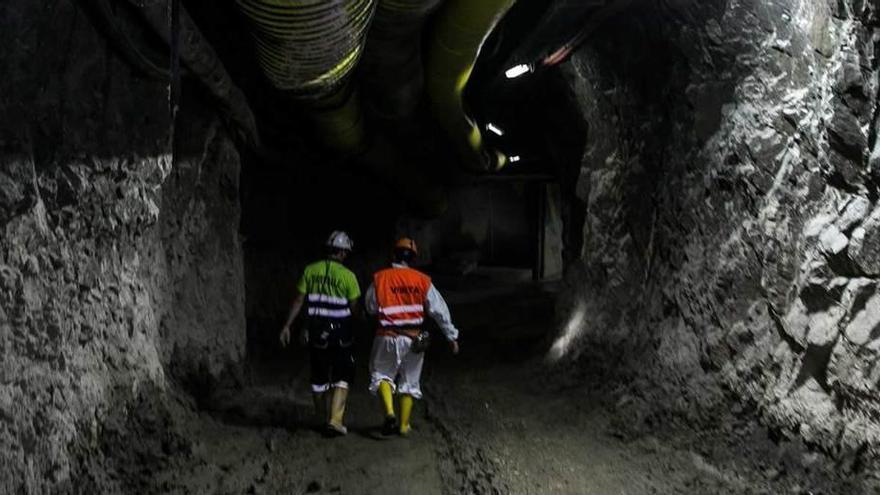 Los promotores de la mina de Salave aseguran que no habrá impacto paisajístico