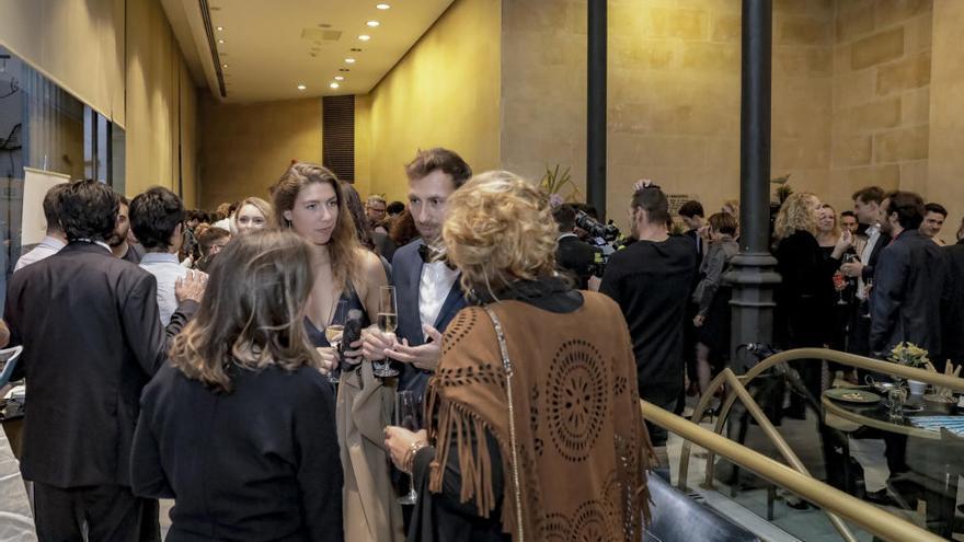 Standing Ovations bei der Eröffnung des Evolution Film Festivals