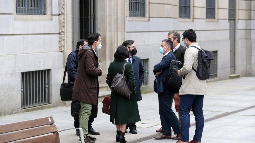 Negocian un acuerdo de penas mínimas para los seis dirigentes de una asociación cannábica