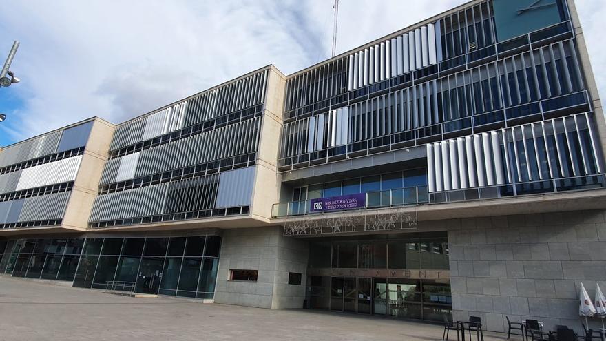 El 80% de los servicios administrativos del Ayuntamiento de San Vicente teletrabaja desde hoy