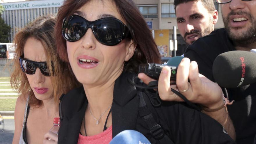 Juana Rivas denuncia que no ha pogut parlar amb els seus fills des que els va lliurar