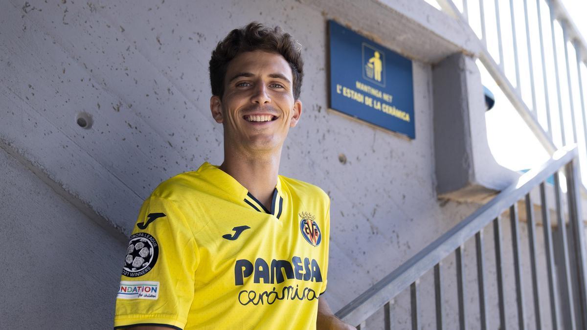 Así es la nueva camiseta que usará el Villarreal en Champions