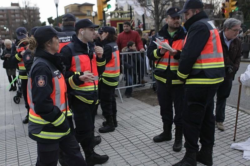 Pasacalles en el Antroxu de Gijón