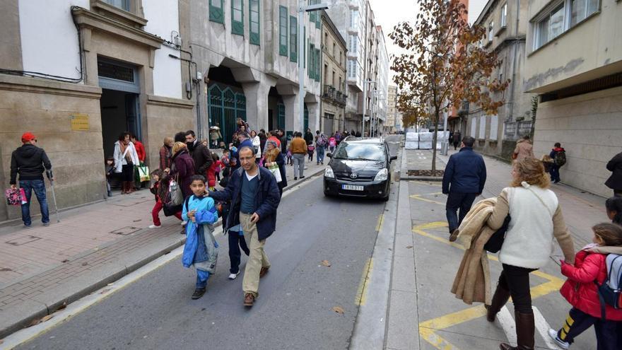 El Concello cerrará la calle Alfonso XIII para dar espacio de recreo al colegio Froebel