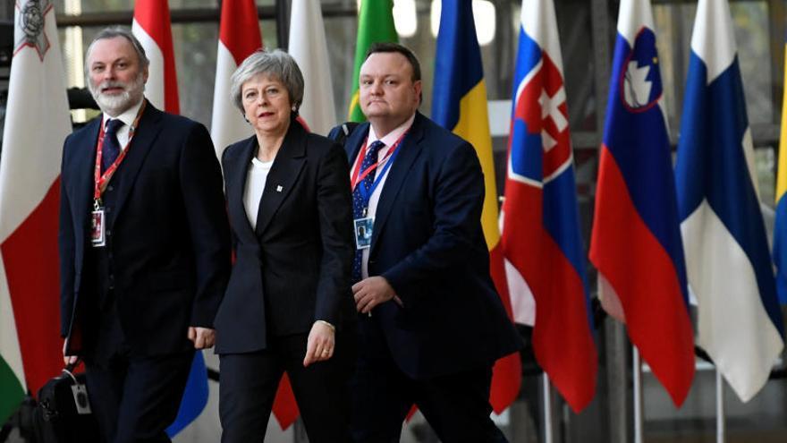 """May descarta """"un avance inmediato"""" que salve el acuerdo del Brexit"""