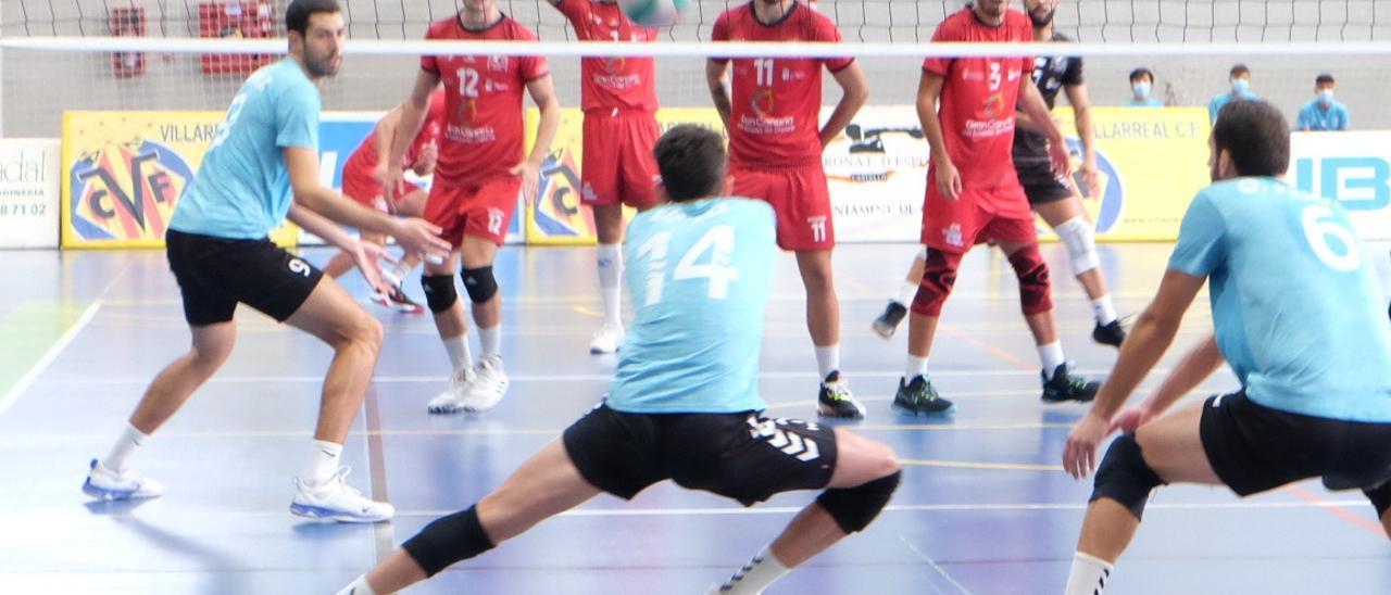 El UBE L'Illa-Grau se impone en el primer partido de la temporada 2021/22.