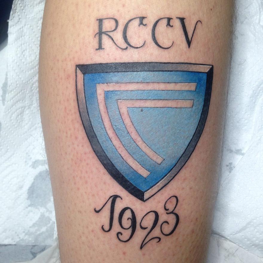 Escudo del Celta y año de nacimiento. // Karde (Loco Destino Tatuajes)
