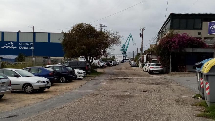 La Autoridad Portuaria reparará el acceso a los astilleros de A Borna