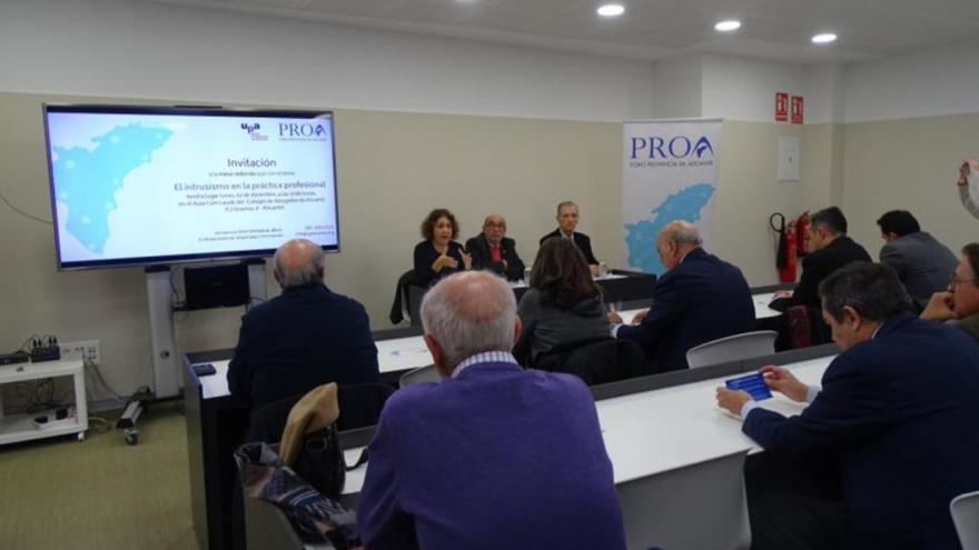 El Foro PROA reúne a representantes de los colegios profesionales
