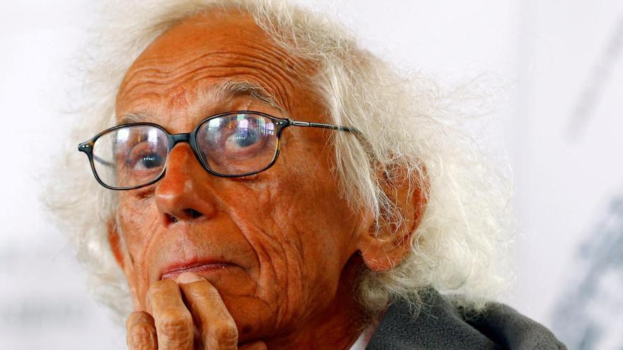 Muere Christo, el artista que envolvió el Pont Neuf