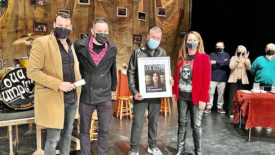 """""""Threesome"""" triunfa en los premios de la Sala Russafa"""